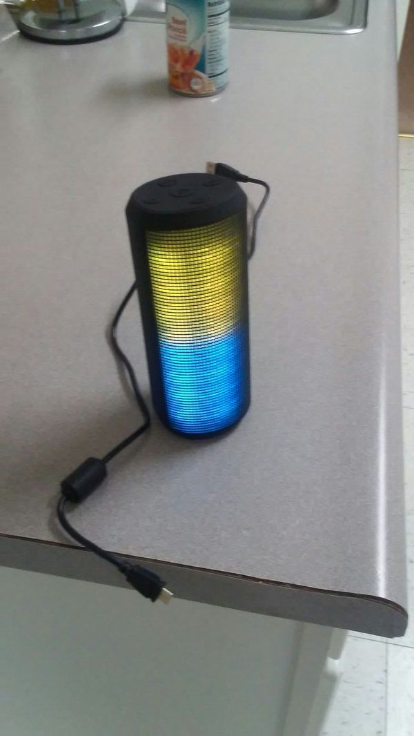 Light Bluetooth Speaker