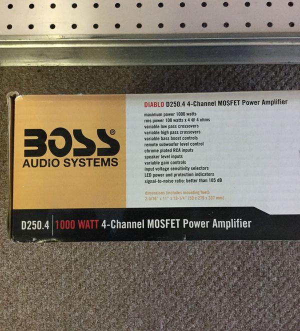 Boss 1000watts 4 channel Amp