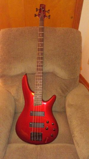 Ibanez SR300 bass includes gig bag and leather strap with lockins
