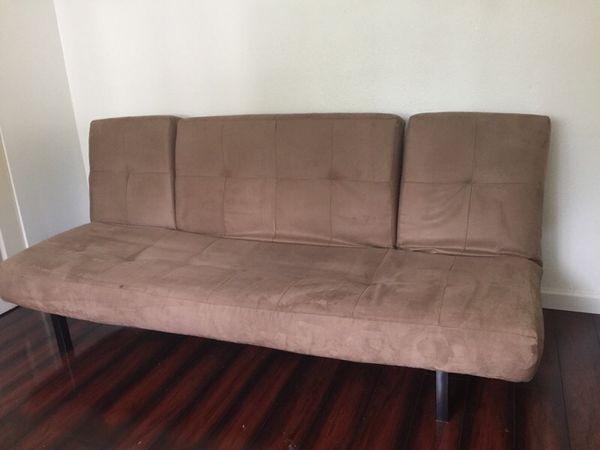 Futon furniture in lynnwood wa offerup for Furniture lynnwood washington
