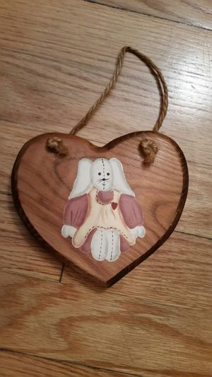 Small wood heart with painted bunny