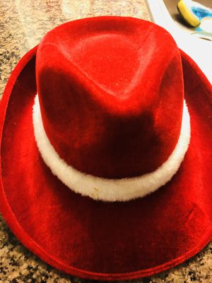 RED VELVET FEDORA HAT STARBUCKS NEW
