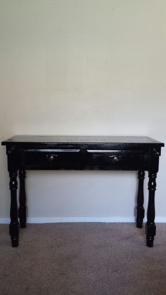 colonial style hallway table furniture in bremerton wa