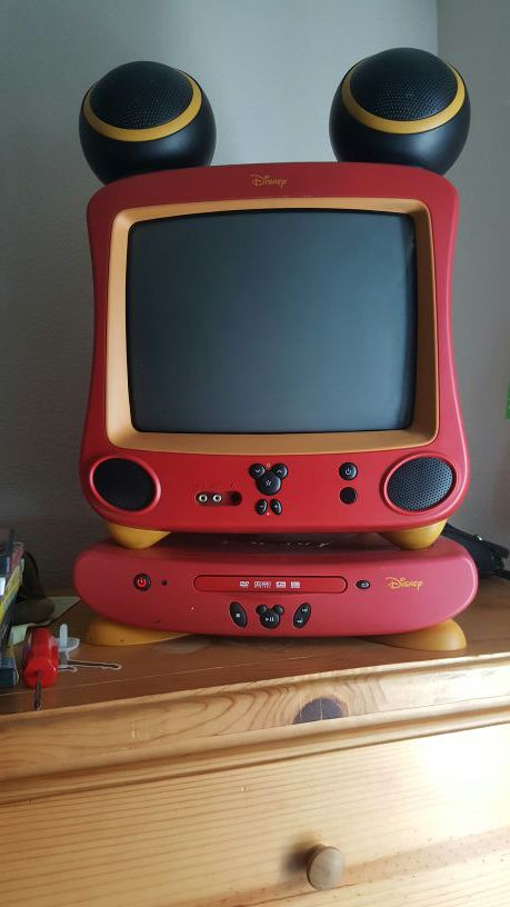 Disney Mickey Mouse Tv and Dvd Player