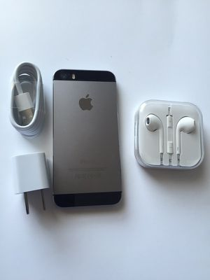 Unlocked iPhone 5s, excellent condition