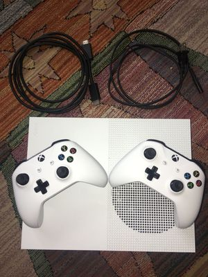 Xbox One S W/Controllers (2)