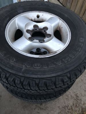 4 rims and tires for Nissan Frontier or pathfinder 265/7016