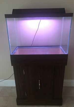 Fish tank 20 gallon, stand, and light