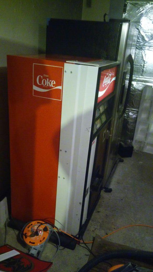1970 coca cola machine