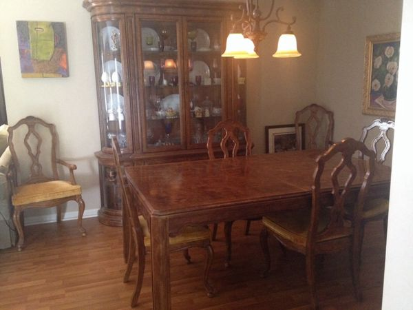 Late 1970\'s Hibriten Bernhardt dining room set (Furniture) in ...