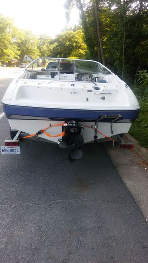 95 bayliner need floor and engine is cracked best offer