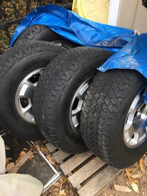 4 Chevy Silverado factory wheels