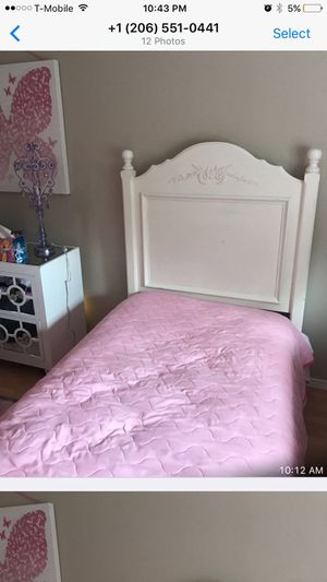 Twin pottery Barn bed