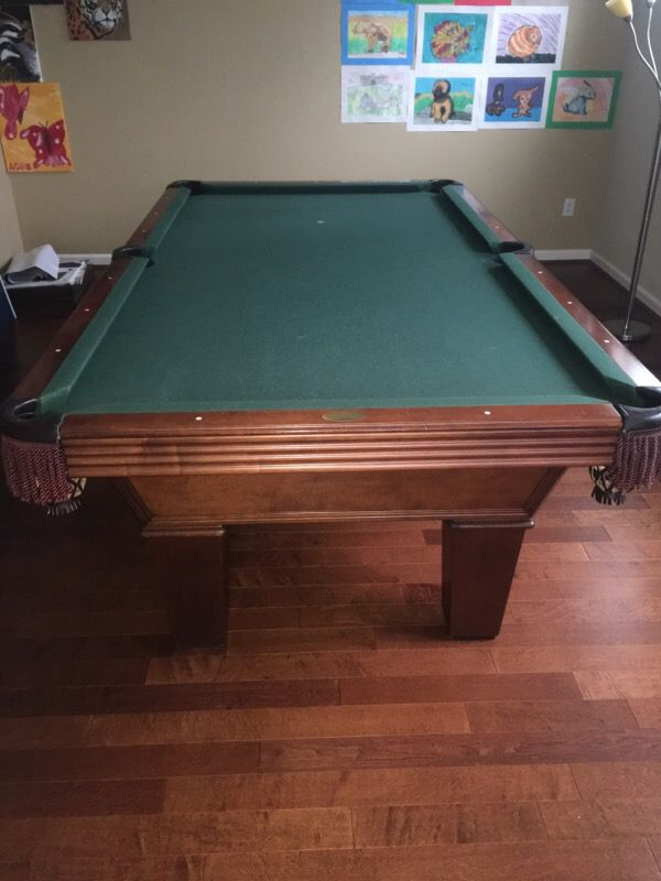 Pool table furniture in bellevue wa offerup for Furniture in bellevue