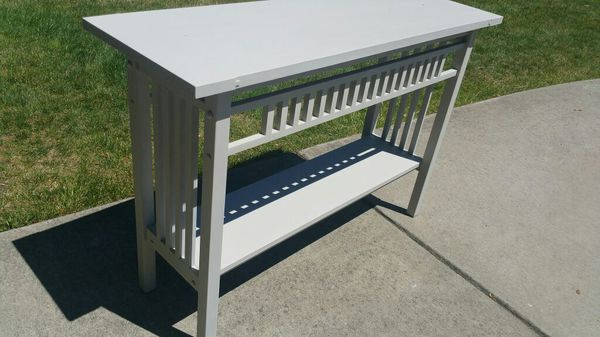 Entryway table furniture in silverdale wa offerup for Bedroom furniture 98383