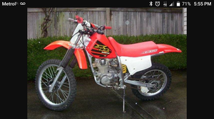 Honda XR 200 Dirt Bike with Title In Hand Super Clean wit Extra Parts