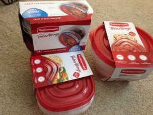 ******* 3 sets Rubbermaid Take Alongs. See all the pictures