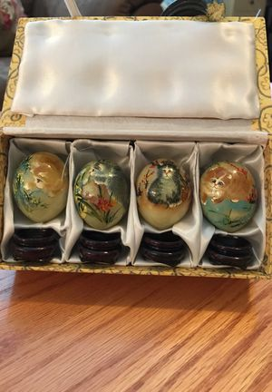 Kitty Marble Collectible Gemstone Eggs.