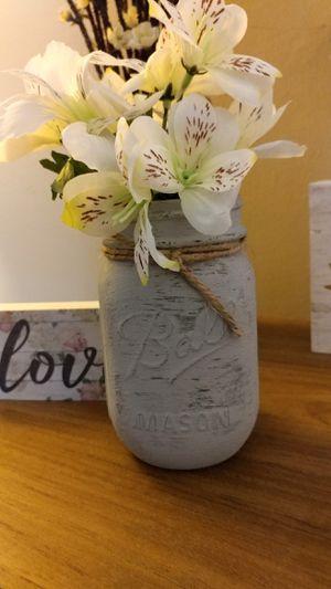 Shabby Chic Mason jar with flowers