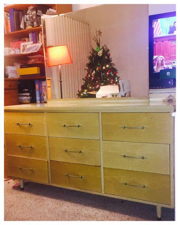 Vintage 50s blonde wood dresserFurniturein Newark CAOfferUp