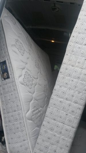 Like new queen mattress and box spring