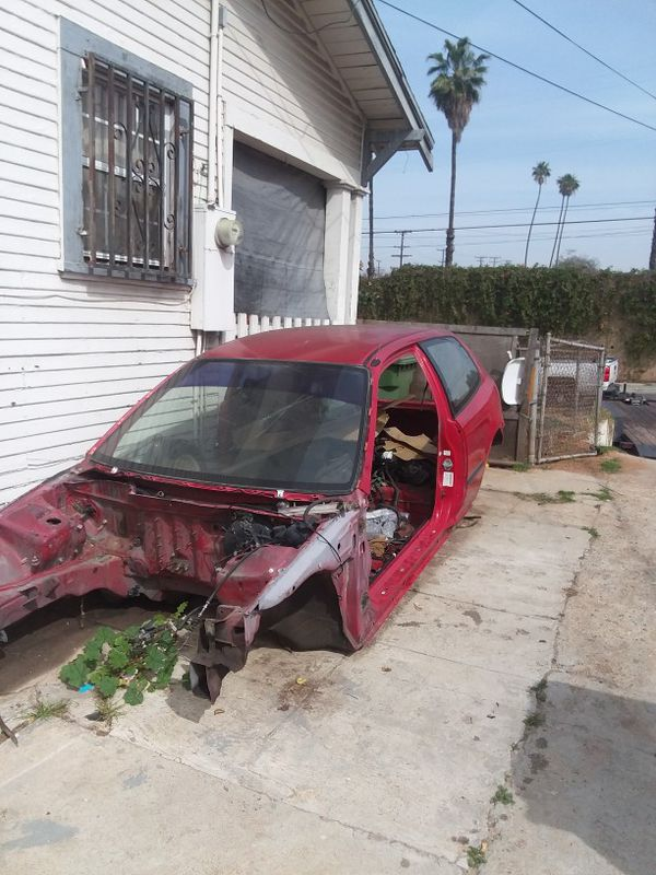 Free pick up junk cars (Auto Parts) in Perris, CA - OfferUp
