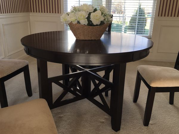 Dining Set Table And 4 Chairs Furniture In Louisville KY
