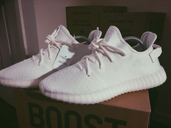 adidas yeezy boost 350 v2 white cream