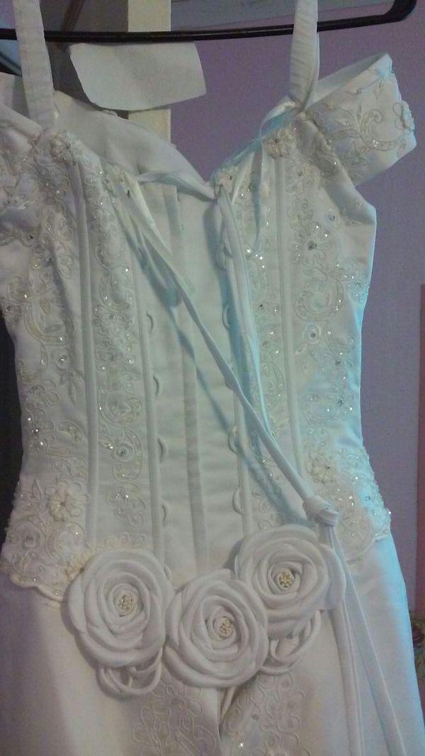 Levonia Wedding dress (Clothing & Shoes) in Spokane, WA - OfferUp