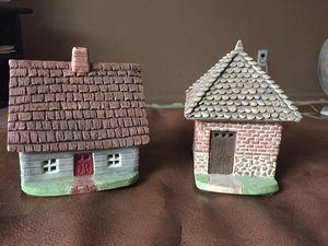 Set of 2 Miniature Cottages