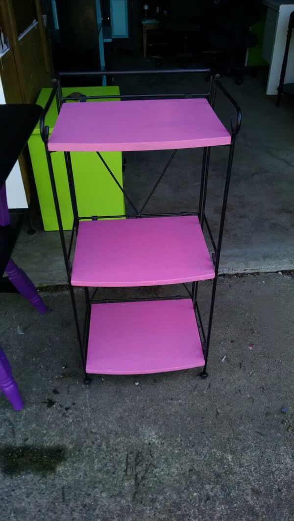 Matching pink and black end tables furniture in kent wa for Black and pink furniture
