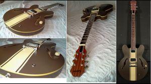Epiphone es 333 signature series semi hollow electric guitar. Blink 182 model