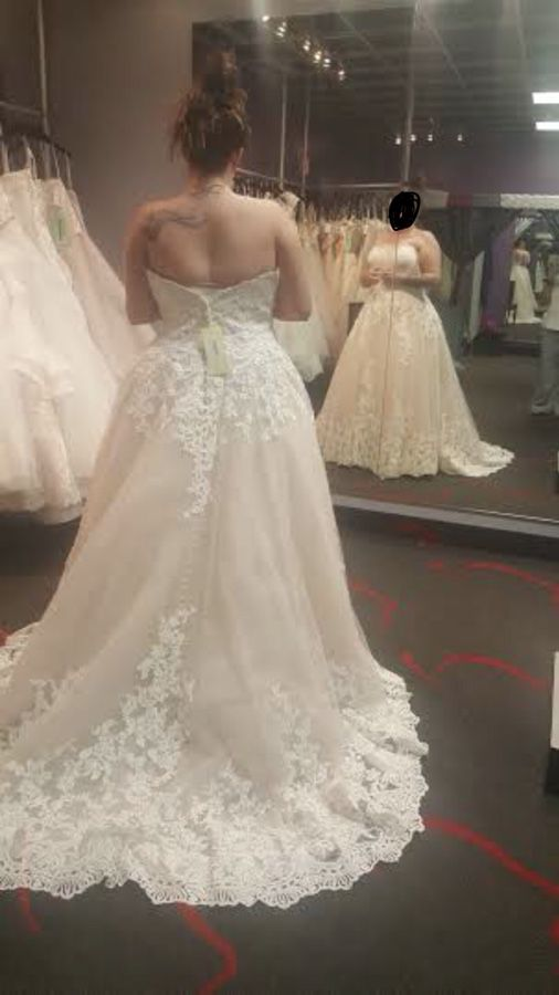 Size 18/20 Ivory/champagne wedding dress (Clothing & Shoes) in ...