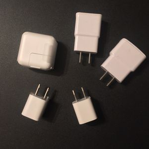 Samsung & Apple Chargers - Wall Adapters / Cargadores Samsung & Apple