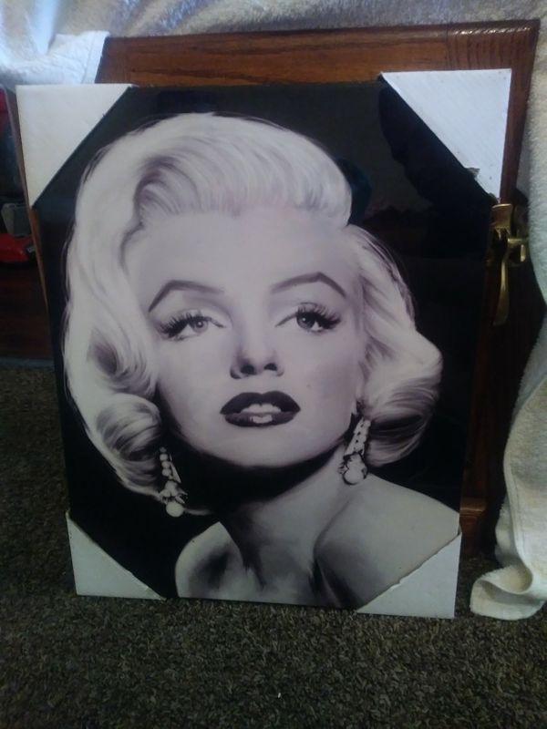 Funky Marilyn Monroe Frames Collection - Framed Art Ideas ...