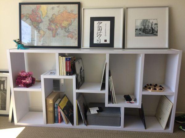 White Modern Bookcase Furniture In Seattle Wa Offerup