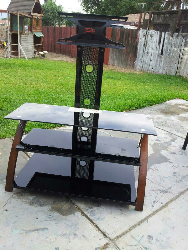 Tv Stand Furniture In Bloomington Ca Offerup
