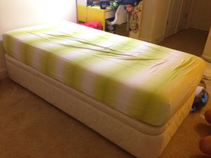 Twin bed with storage and viscoelastic mattress