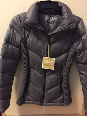 Brand new Michael KORS size xs I bought 299 now ask $100