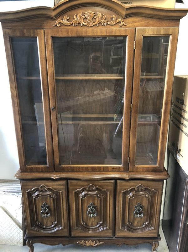 Beautiful China Cabinet Collectors Antique Dining Room 45 Wide 16 Deep 77 High