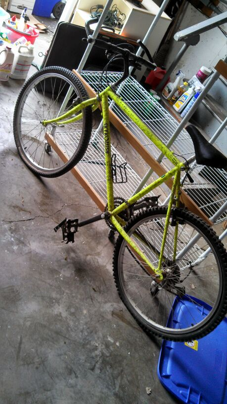2 Bicycles For Sale Neon Green Skykomish Marble Point Dark
