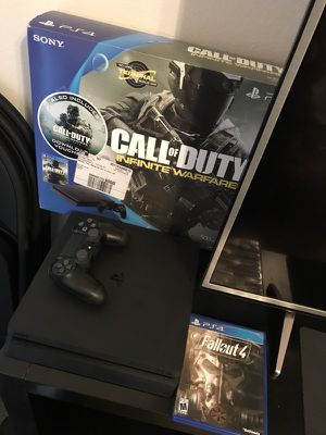 PS4 500GB + CONTROLLER + 1 GAME ........FIRM PRICE......