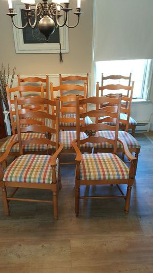 8 solid wood Broyhill ladderback chairs