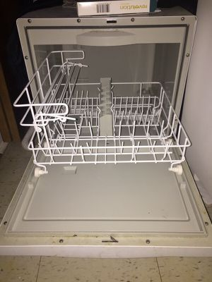 Dishwasher Countertop Protector : Power beats2 Bluetooth ( Electronics ) in Chicago, IL - OfferUp