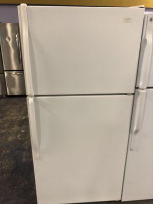 30by67 WHIRLPOOL TOP AND BOTTOM FRIDGE WHITE WITH WARRANTY