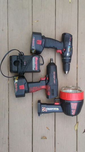 Snap on 18v cordless 1/2 impact, drill and spotlight with 2 batteries