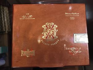 FUENTE OPUS FORBIDDEN X EMPTY BOX