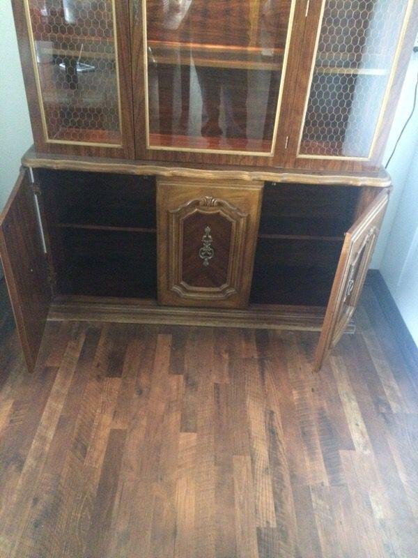 China hutch furniture in auburn wa offerup for Furniture auburn wa