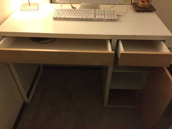 Study table ikea furniture in bellevue wa offerup for Study table and chair ikea