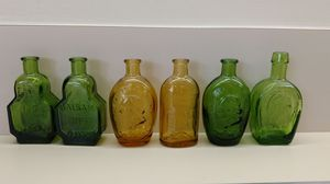 Vintage Wheaton glass bottles, green & gold. (6 pieces total)
